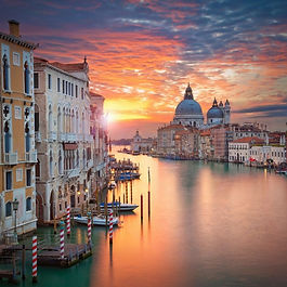 Private one-way transfer from Zagreb to Venice