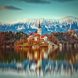 Private one-way transfer from Zagreb to Bled Lake