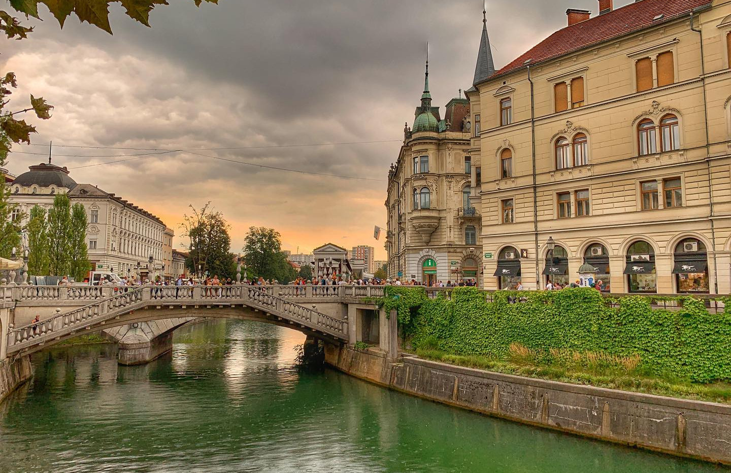 Private tour to Slovenia from Zagreb - L