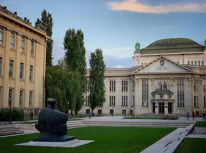 See a bigger picture - Zagreb tour