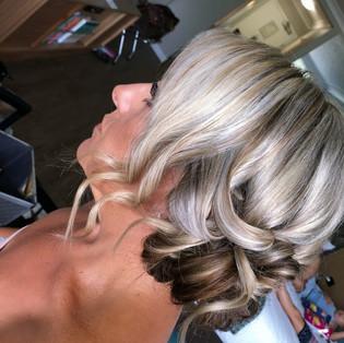 tara wedding hair