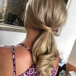 Glam pony tail