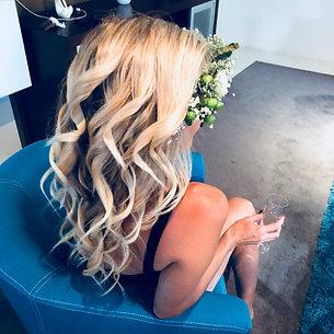 Curls & flower crown