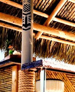 Tiki Boat Bar