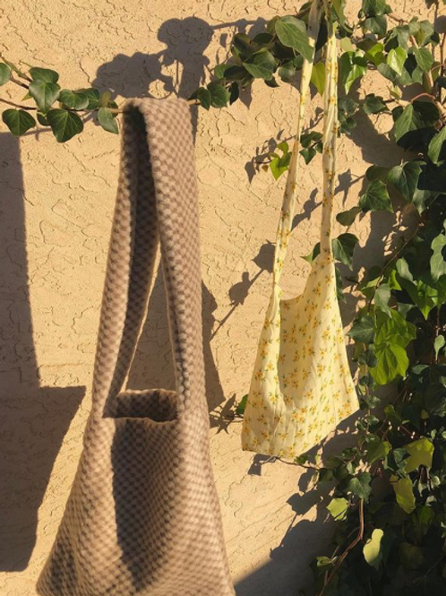 Daisy & Checkered Shoulder Bags