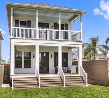 4100 Davey exterior Bayou side copy.jpg