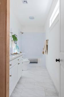 Pine master bath.jpg