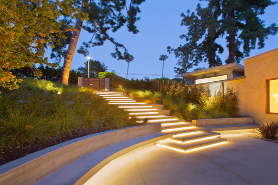 Contemporary-Redesign-Outdoor-Lighting-S