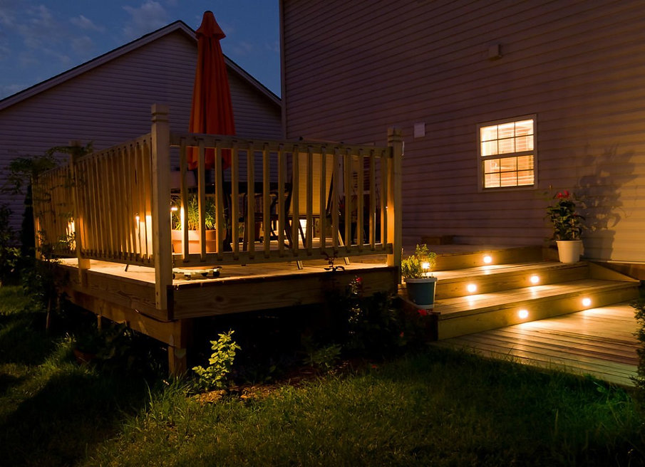 Outdoor_Lighting_Ideas_Deck_Lighting.jpg