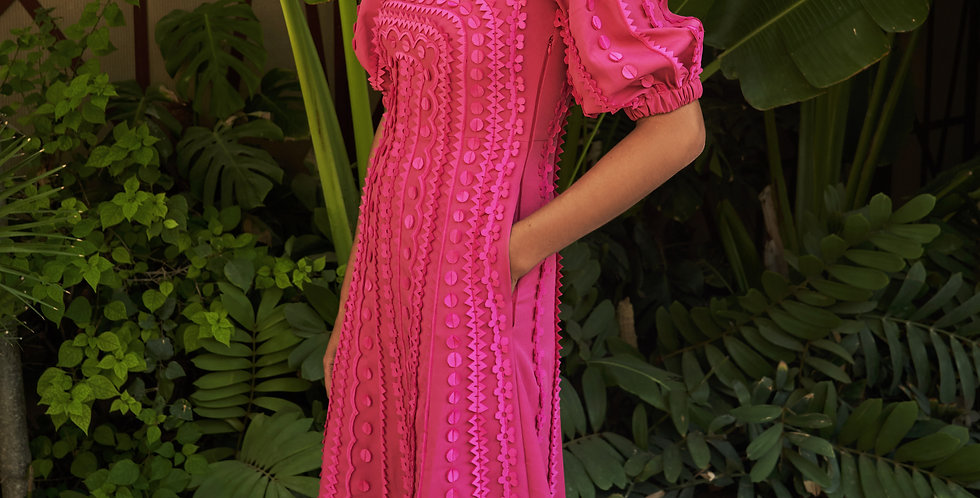 RANIA  Sculpted dress with all-over appliqué