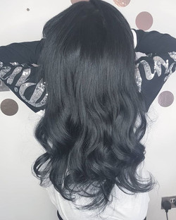 Black locks for this beauty 😍😘😎 ._