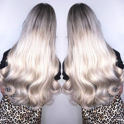 Beautiful new 22inch tape extensions #ha