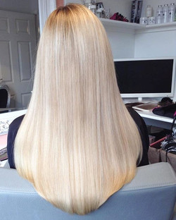 Beautiful blonde 16inch extensions 😍 _#