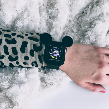 My Favorite Things: Mickey Mouse Apple Watch Cover