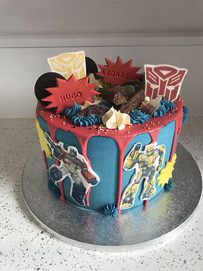 themed edible cakes
