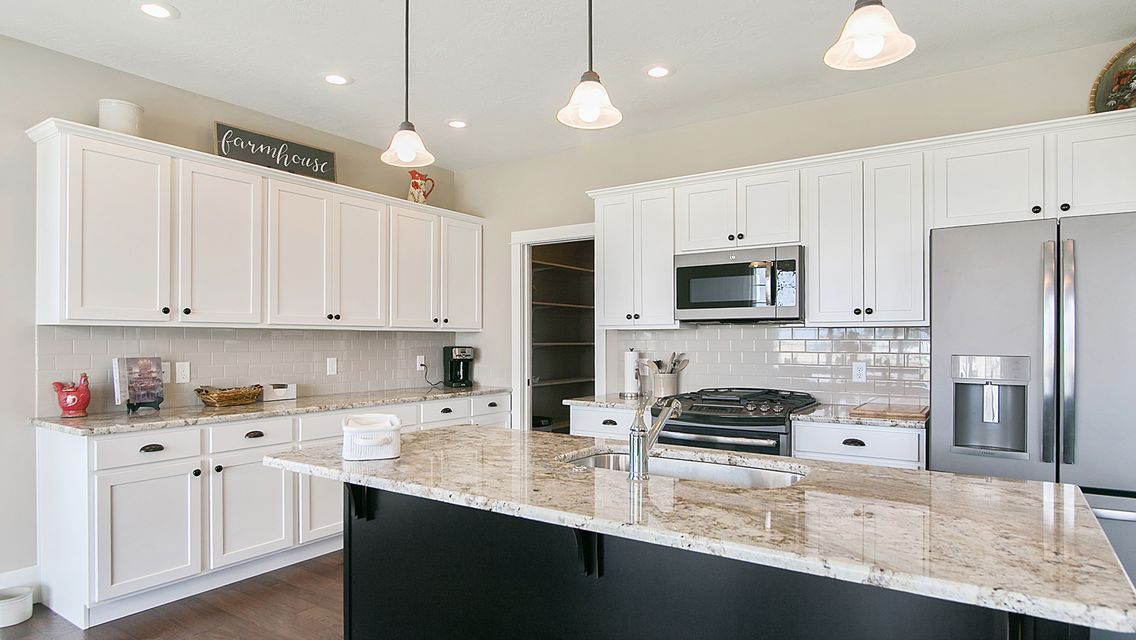 Larkspur Kitchen 2