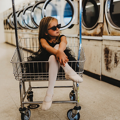 Laundromat Child Session