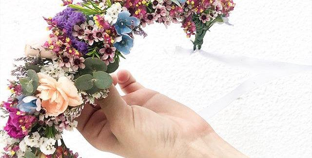 כתר פרחים לראש