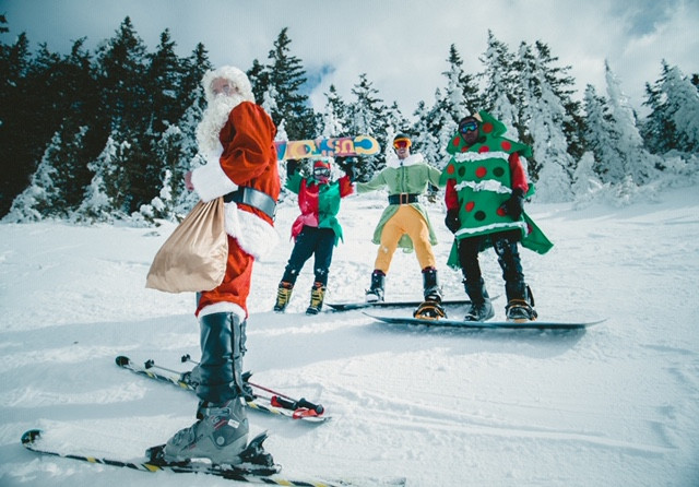 Happy Holidays on skis and snowboards
