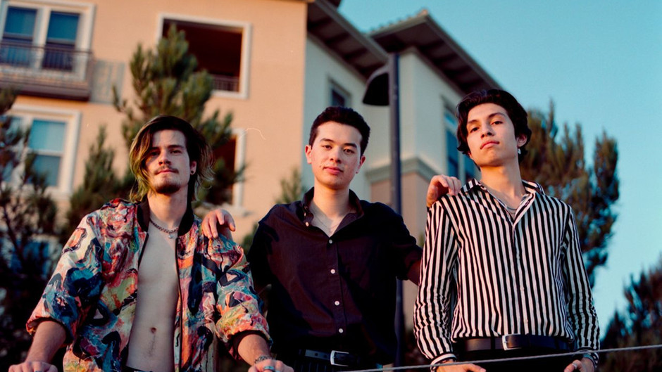 Meet Foxglove: an alt-rock band from SoCal sure to have you up and dancing