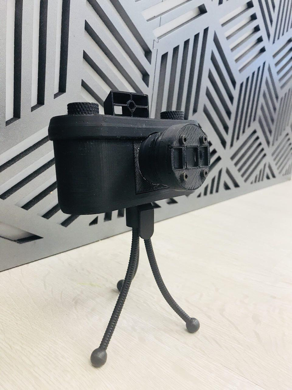 Pin-Hole Camera (6 Sessions)