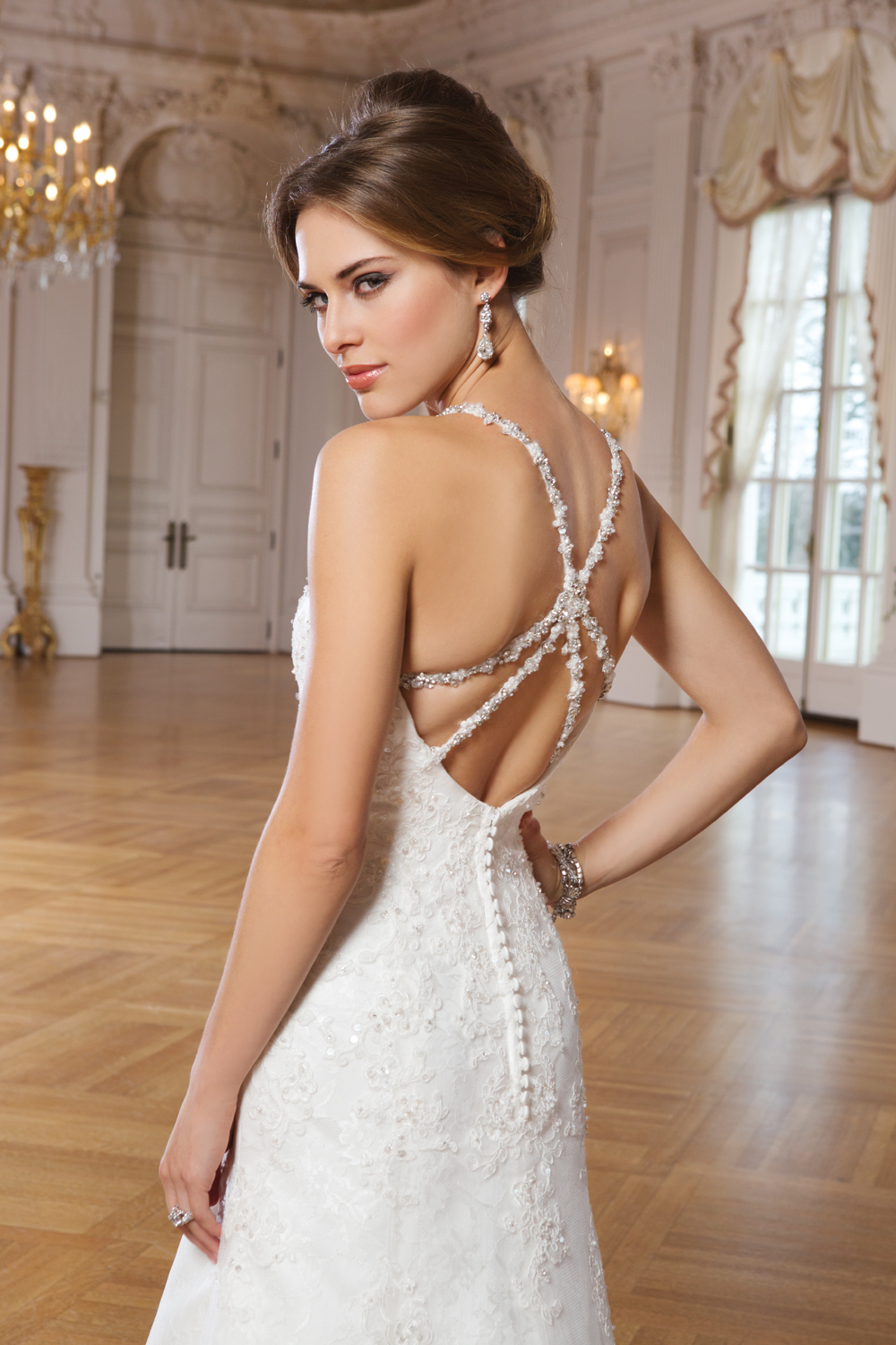 NEW from Lillian West Style: 6287