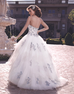 Style: 2139 By Casablanca Bridal