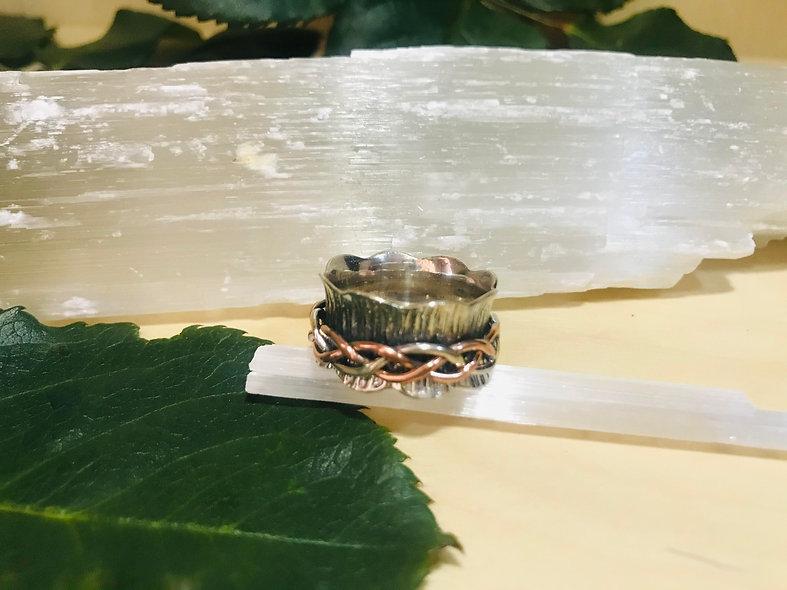 Plaited Spinning/Meditation ring