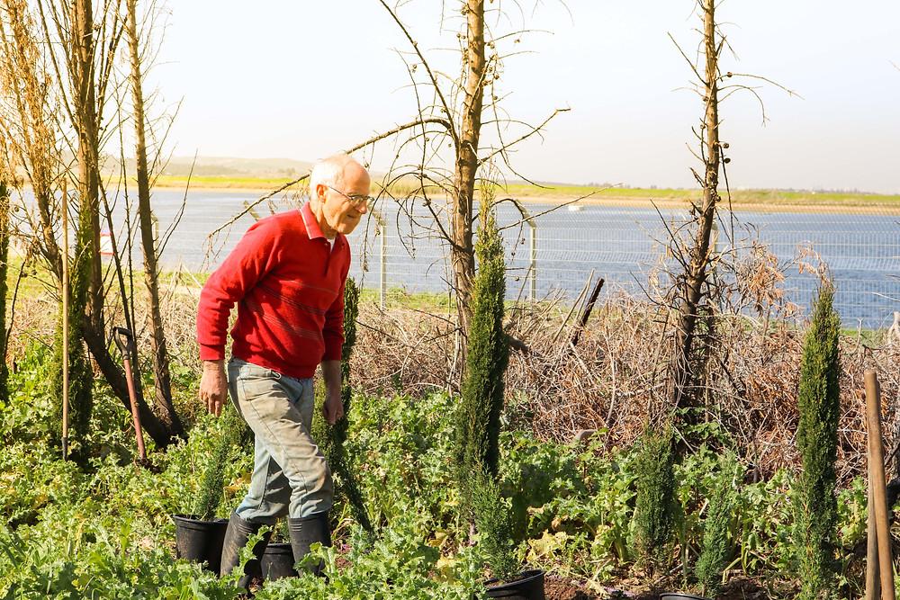 Albert the gardener helping the planters