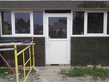 Окраска пластиковых окон и дверей. Троицкий храм. Горячий ключ.