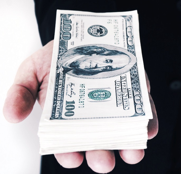 how much does a financial advisor cost