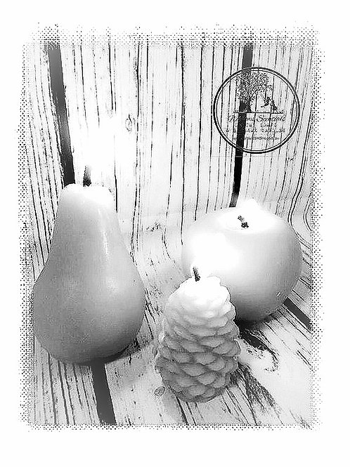 Beeswax PEAR Candle (Life Sized)