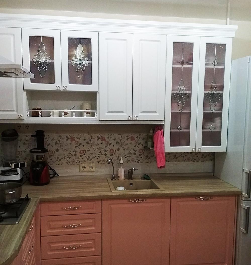 Витражные фасады кухни