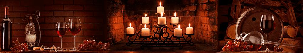 Панорамное изображение для скинали с вином, бокалами и свечами