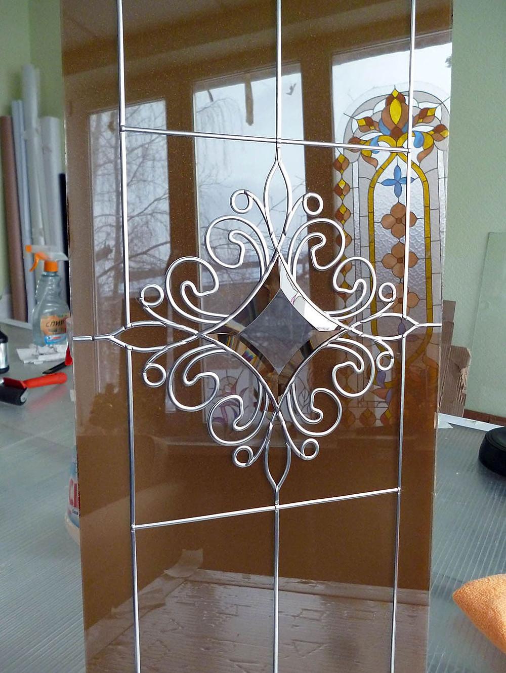 Декоративное художественное стекло для мебельных фасадов