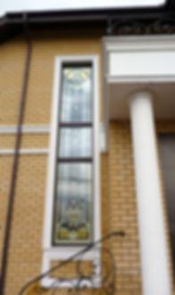 Витраж на окне фасада дома заказать в Липецке