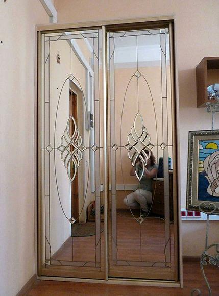 Шкаф-купе витражный с моим отражением