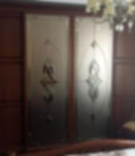 Витражи с фацетными элементами на матовом зеркале бронза-мателюкс