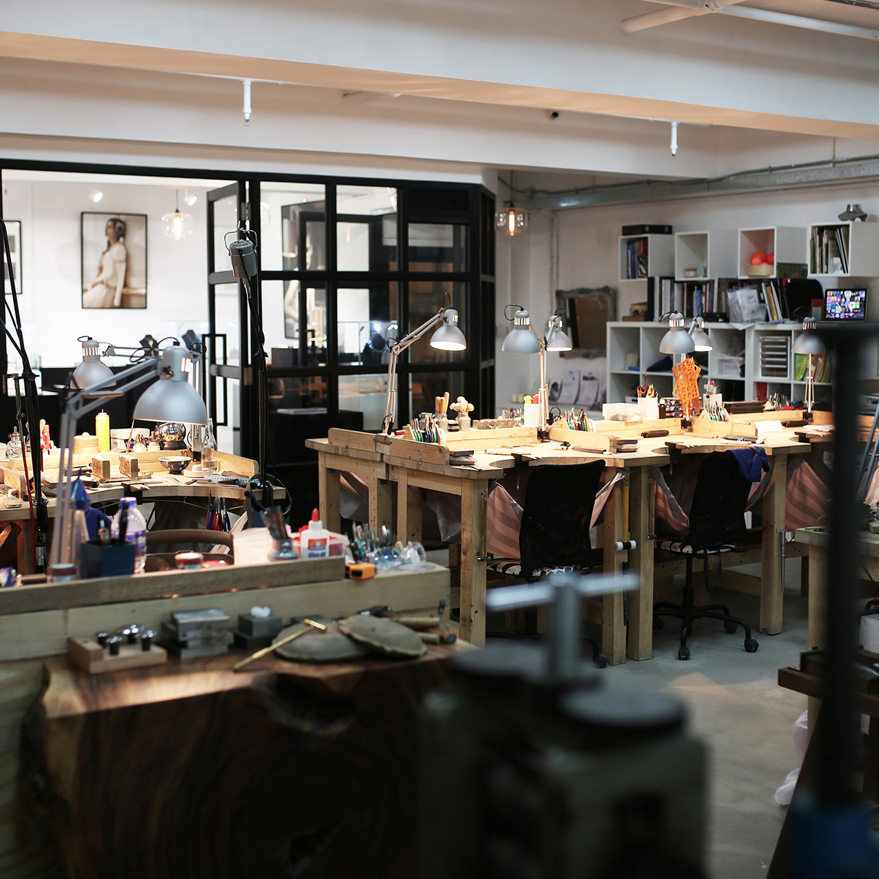 Pic 16 - Desks for jewellery designers a
