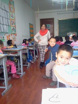 Курси китайської мови для дітей у Києві від професійного педагога носія мови Чжоу Лаоши