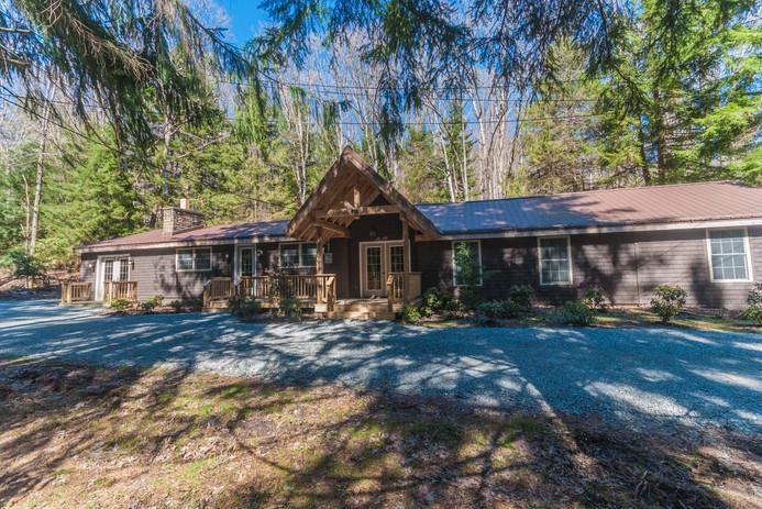 Hemlock Lodge-64.jpg