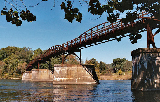 bike bridge 001.jpg
