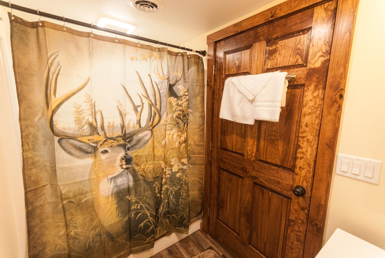 Hemlock Lodge-9.jpg