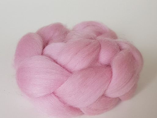 Explaining the difference between core wool, carded batts and roving