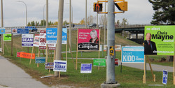 election-signs-overpass-turl-2016