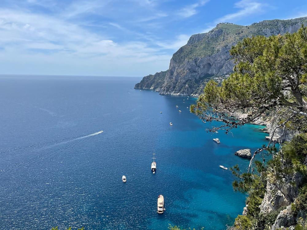 Cómo puedes llegar a la Isla de Capri en Italia.