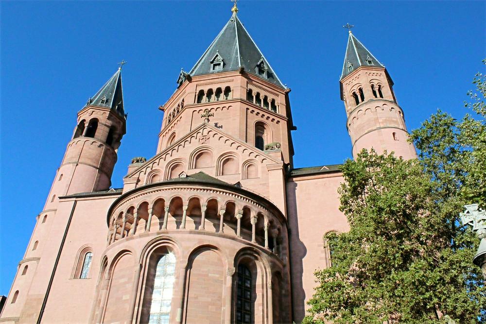 Catedral de Mainz y su hermosa arquitectura.