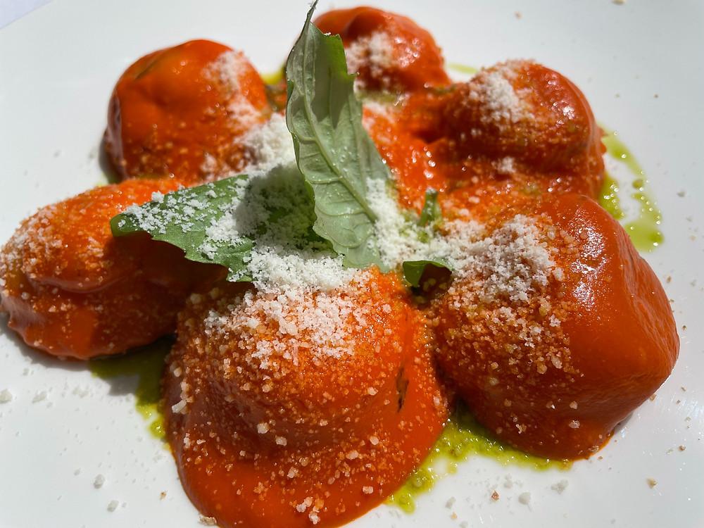 El plato italiano, raviolis.