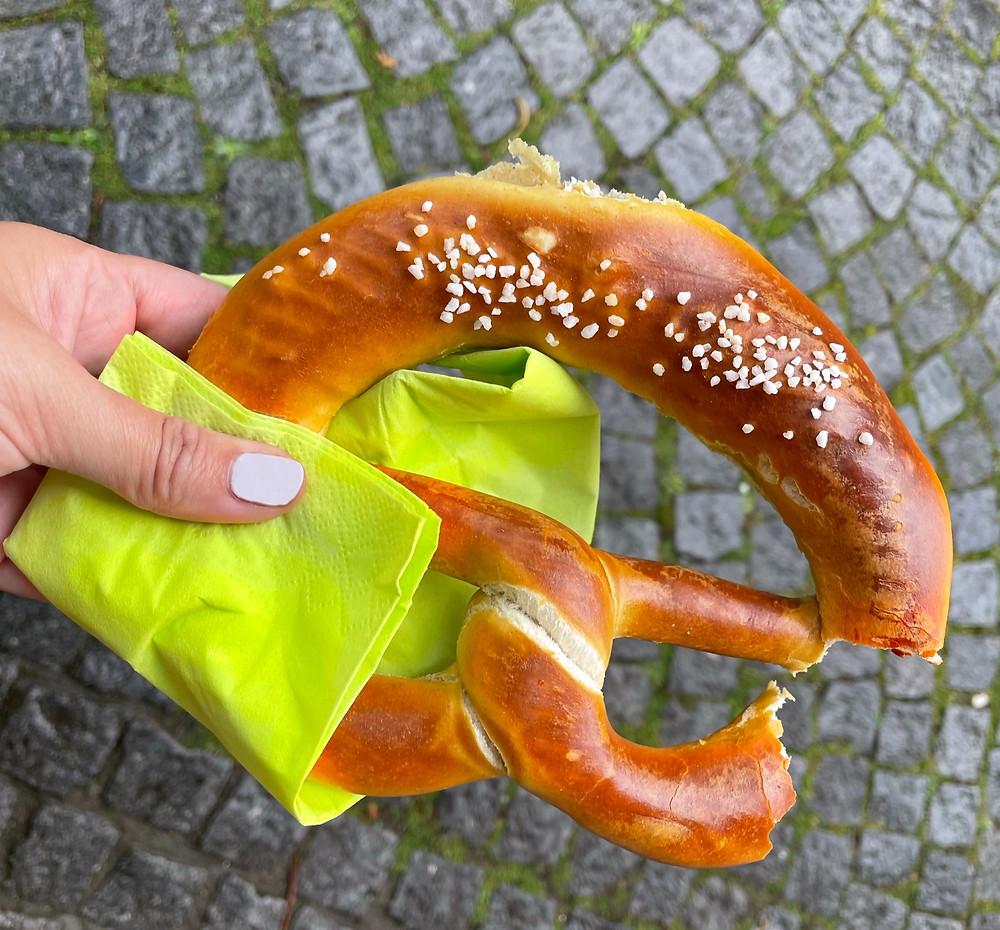 Bretzel, una merienda deliciosa en Alemania.