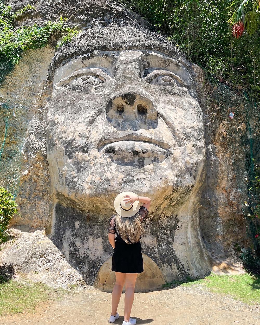 Visita a la cara Del Indio en Isabela, Puerto Rico.